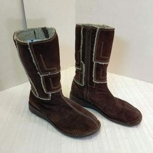 EUC. Eastland Sude Calf Height Boots Size 8M